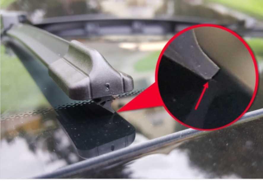 Эффективные способы почистить лобовое стекло изнутри