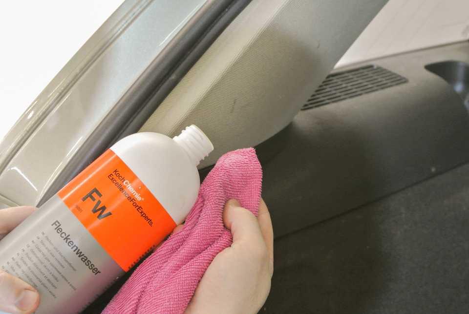 Чистка сидений автомобиля ванишем: как быстро и эффективно почистить обивку в машине своими руками и не оставить разводы?