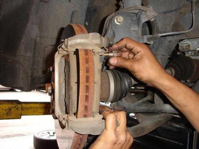 Ремонтируем тормозной суппорт ⋆ автомастерская