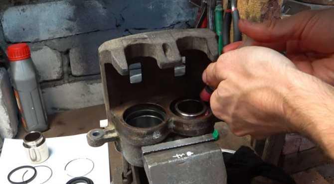 Как отремонтировать суппорт своими руками видео