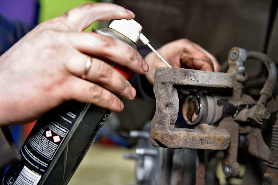 Что делать, если заклинило суппорт в дороге— как провести самостоятельный ремонт