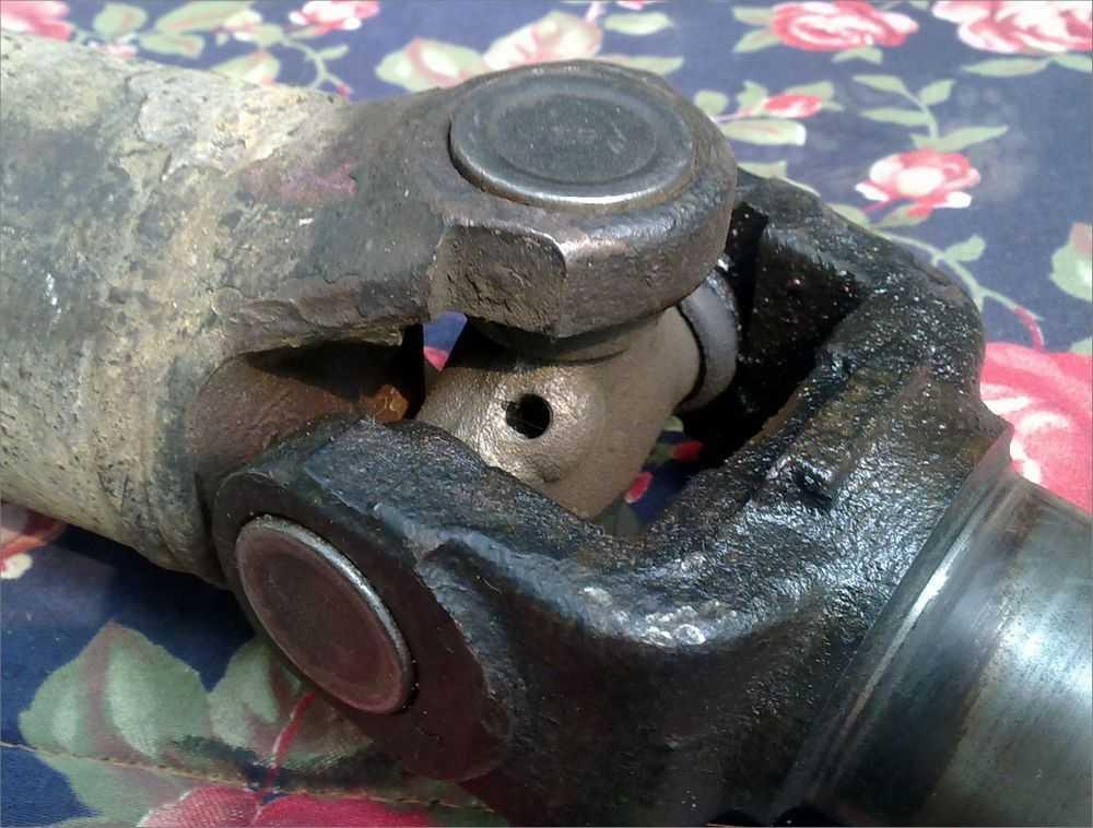 Замена крестовины карданного вала ваз 2107 |ремонт своими руками