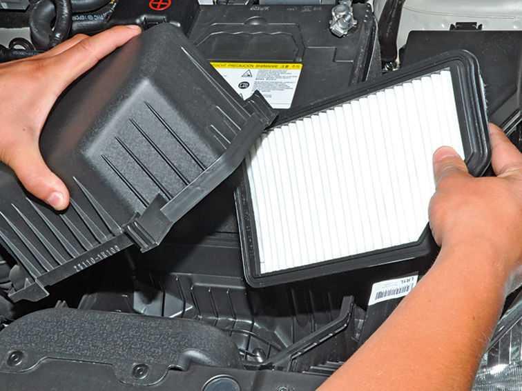 Зачем нужен воздушный фильтр и как часто его необходимо менять?