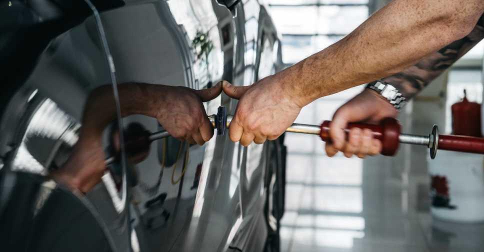 Ремонт трещин на лобовом стекле автомобиля - как остановить и убрать дефекты своими руками | dorpex.ru
