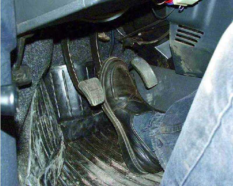 Не прокачиваются тормоза ваз 2110 - всё об автомобилях лада ваз
