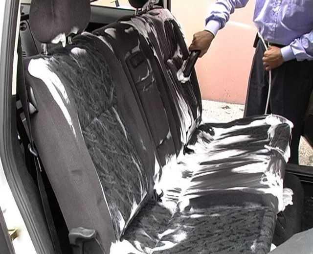Лайфхак: чистка сидений автомобиля дешево и эффективно