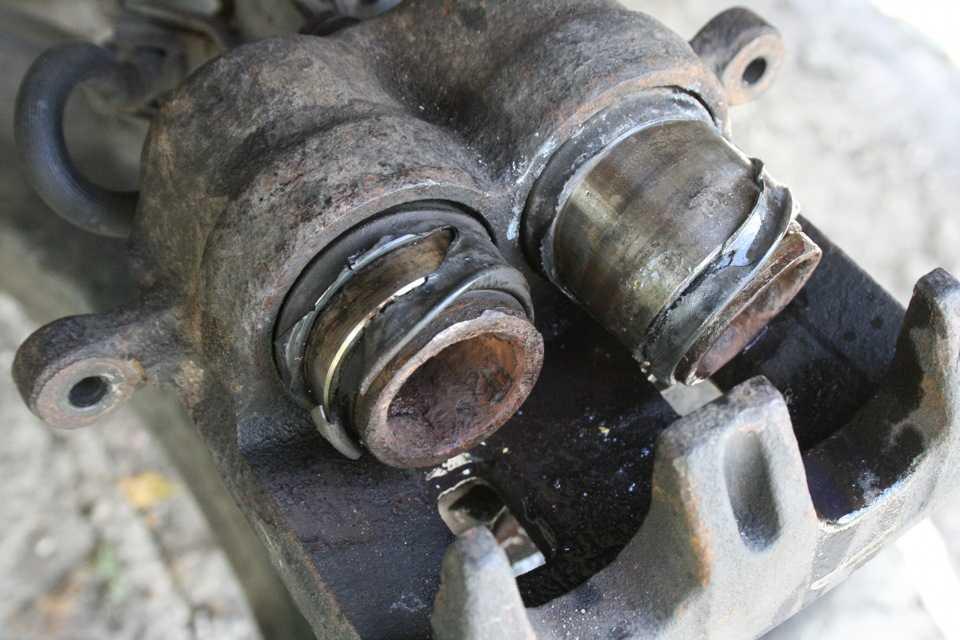 Ремонт тормозных суппортов. как отремонтировать тормозной суппорт. уход за тормозными суппортами и их ремонт.