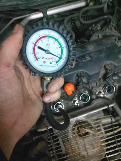 Как померить компрессию в двигателе ваз 2114, 2115: правила измерения, причины низкой и большой компрессии, устранение неполадок