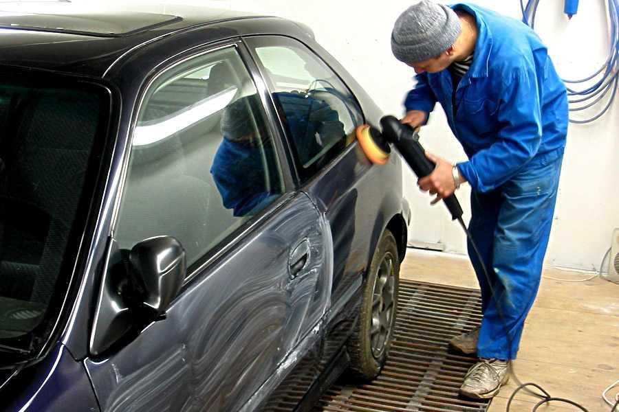 Как заделать дырку в кузове автомобиля своими руками: три способа правки с использованием набора различных материалов и инструмента