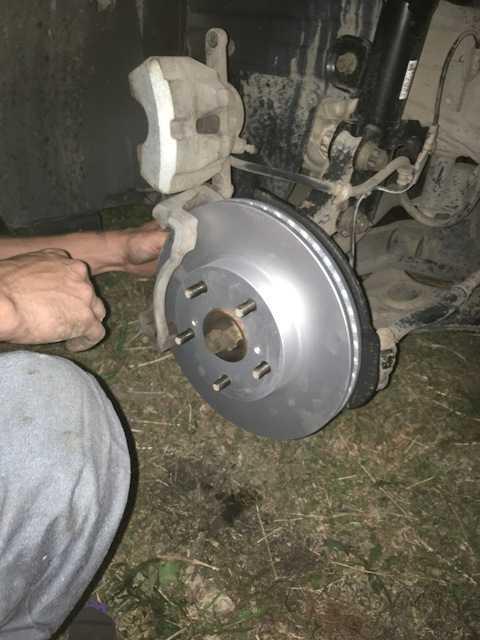 Тормозные колодки тойота королла: замена задних и передних колодок, их ресурс