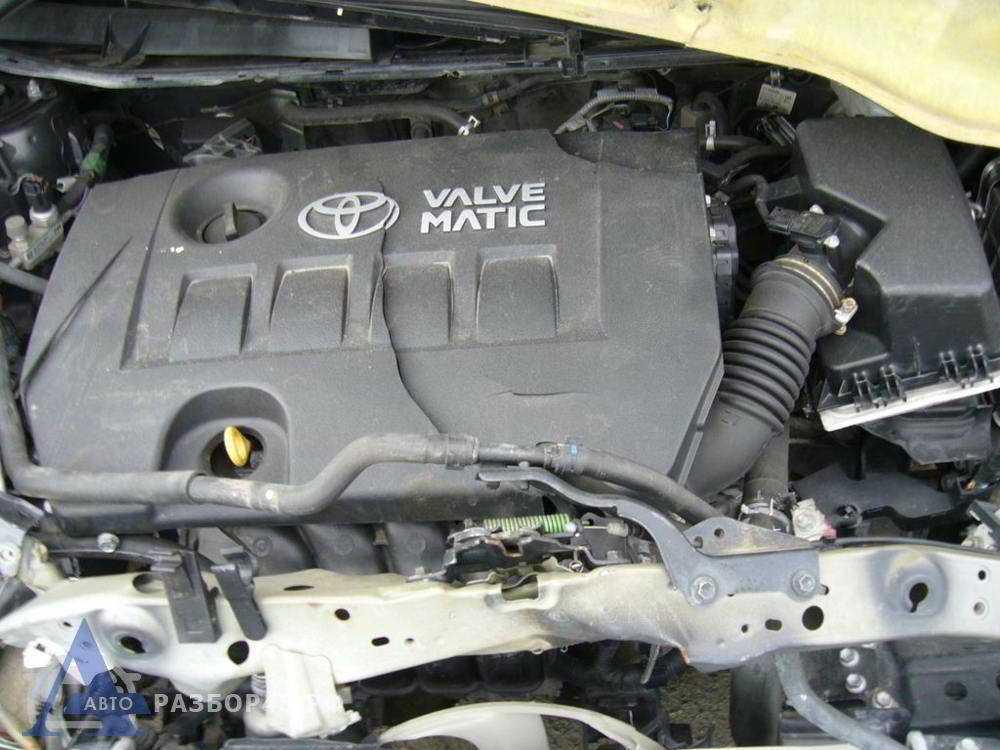 Какие обороты двигателя должны быть на холостом ходу тойота авенсис