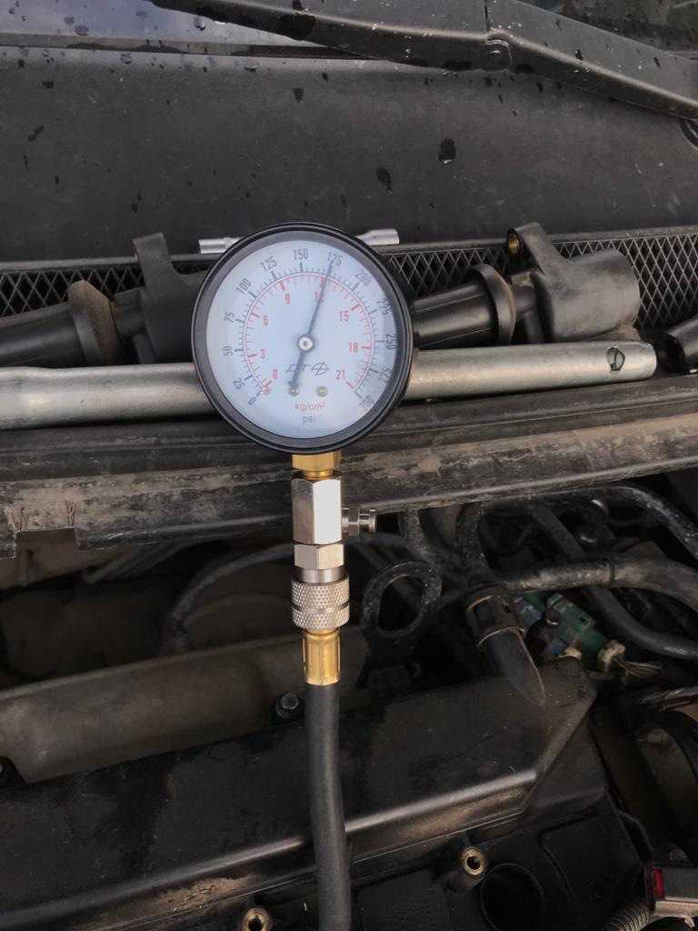Компрессия в цилиндрах бензинового двигателя