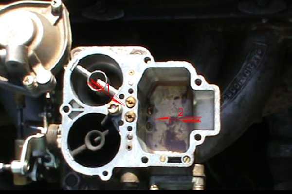 Нажимаешь на газ а машина захлебывается