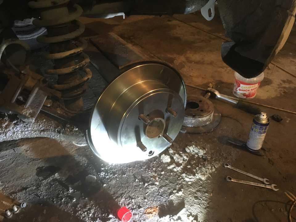 Меняем тормозные диски тойота королла. пошаговая инструкция, с рекомендациями специалистов
