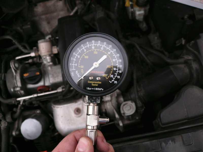Компрессия в цилиндрах двигателя: замер, какая должна быть норма