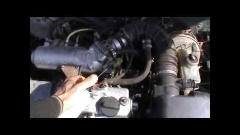 Что делать, если двигатель заводится только с нажатой педалью газа