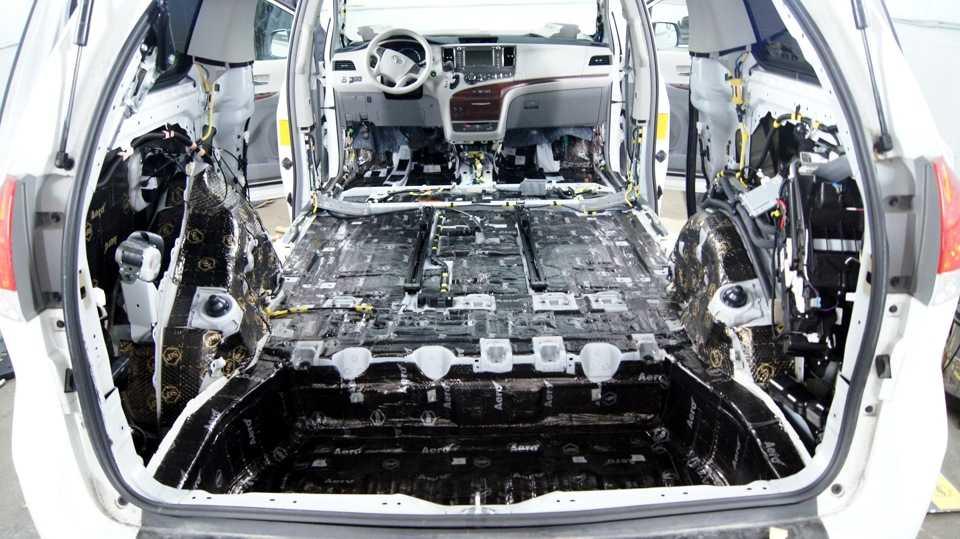 Делаем шумоизоляцию моторного отсека со стороны двигателя