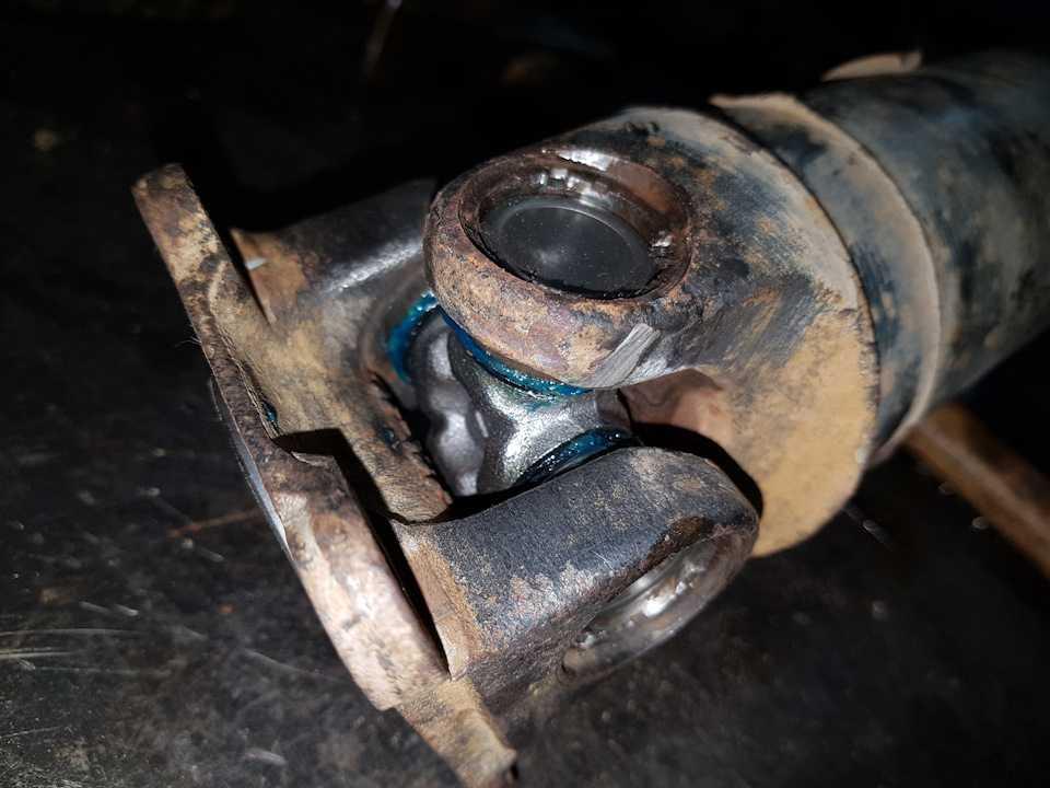 Замена крестовины карданного вала и рулевого вала своими руками | блог об автомобилях