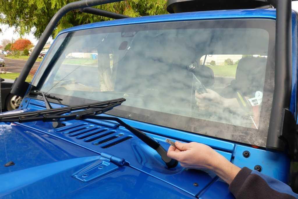 Ремонт сколов на лобовом стекле своими руками » автоноватор
