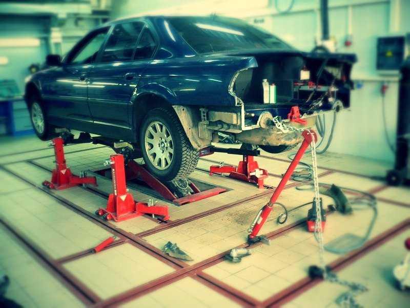 Как рихтовать автомобиль – технология применения основных способов для ремонта кузова в гаражных условиях