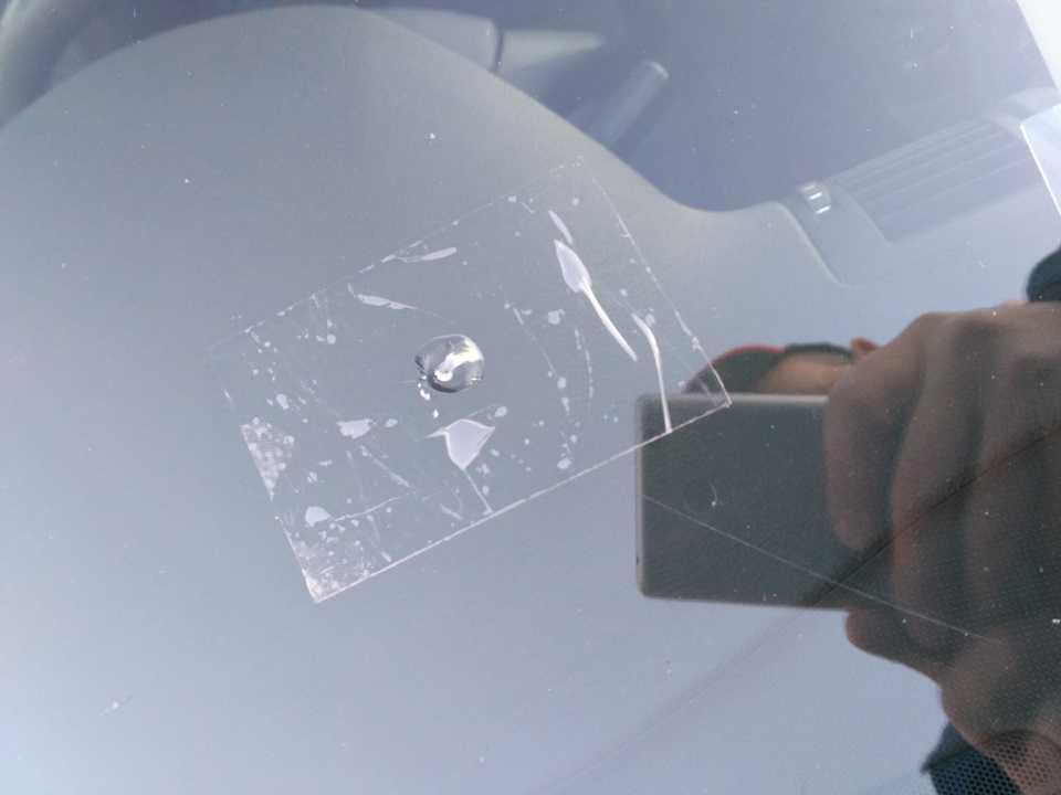 Ремонт сколов и трещин на лобовом стекле своими руками: доступные способы