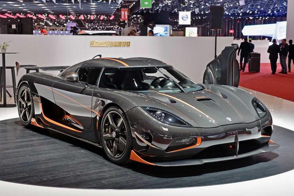 Самый быстрый автомобиль в мире: топ-16 + фото