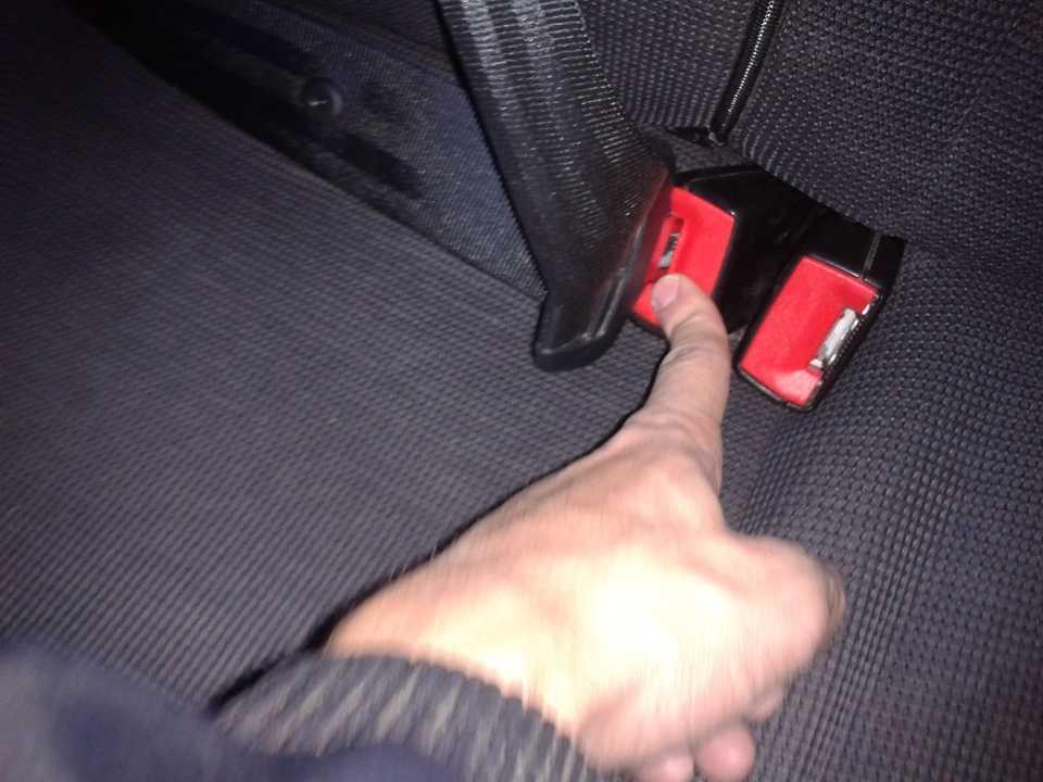 Если ремень безопасности не вытягивается – чиним своими руками + видео | tuningkod