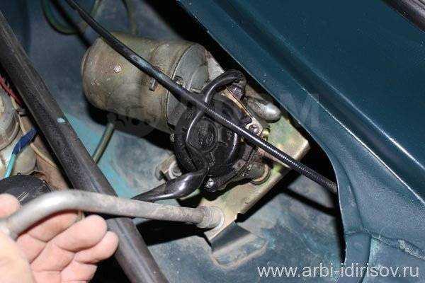 Моторчик стеклоочистителя – когда неизбежен ремонт?