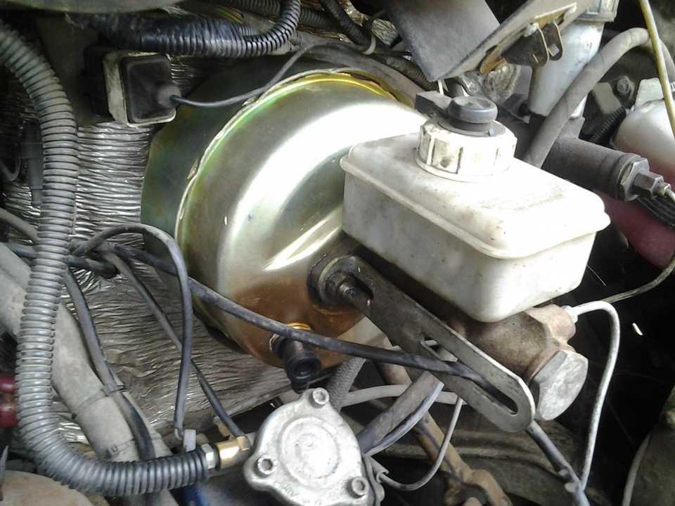 Замена и ремонт вакуумного усилителя тормозов ваз и уаз   блог об автомобилях