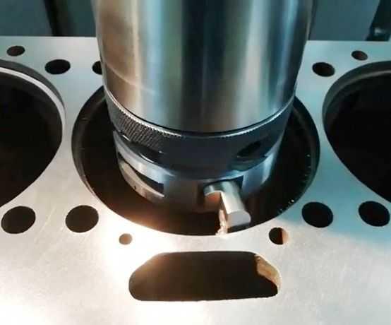 Замена цилиндро-поршневой группы автомобильного двигателя. - auto-garazh.com - медиаплатформа миртесен