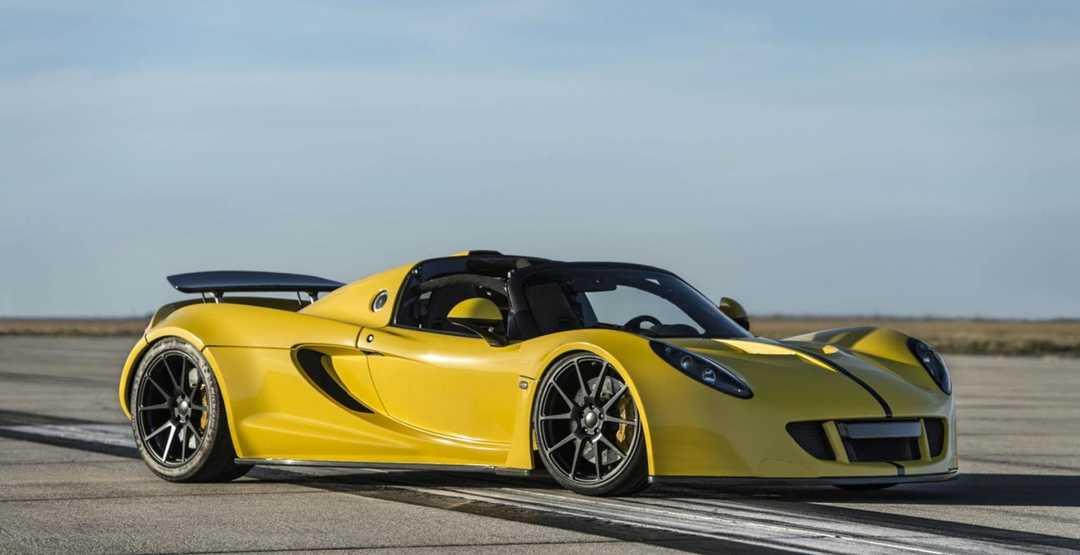 Топ-10 самых быстрых машин в мире — рейтинг скоростных авто 2020 года