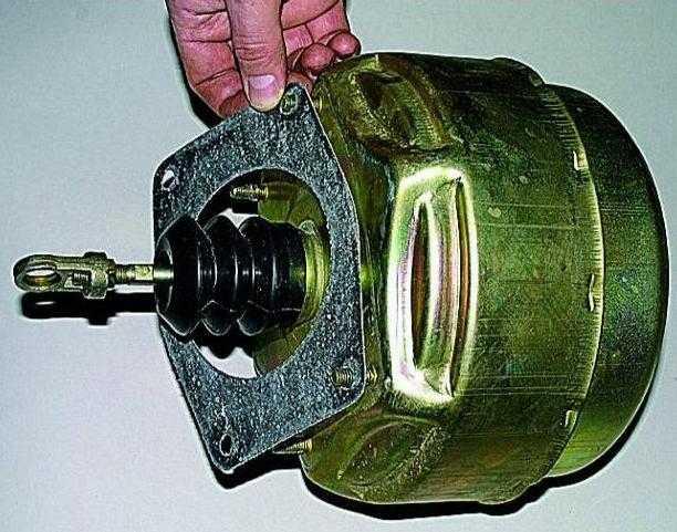Уаз буханка вакуумный усилитель. тормозная система автомобилей уаз. особенности ремонта вакуумных усилителей уаз