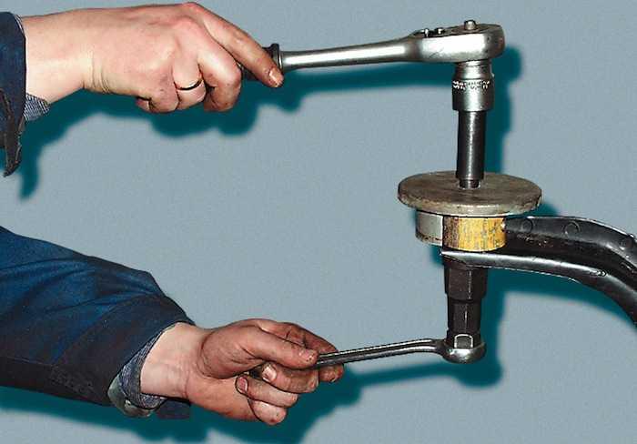 Замена заднего сайлентблока рычага передней подвески на автомобилях daewoo lanos, daewoo nexia, daewoo sens, chevrolet lanos – сайлентблок переднего рычага задний ланос, замена сайлентблока нексия пер