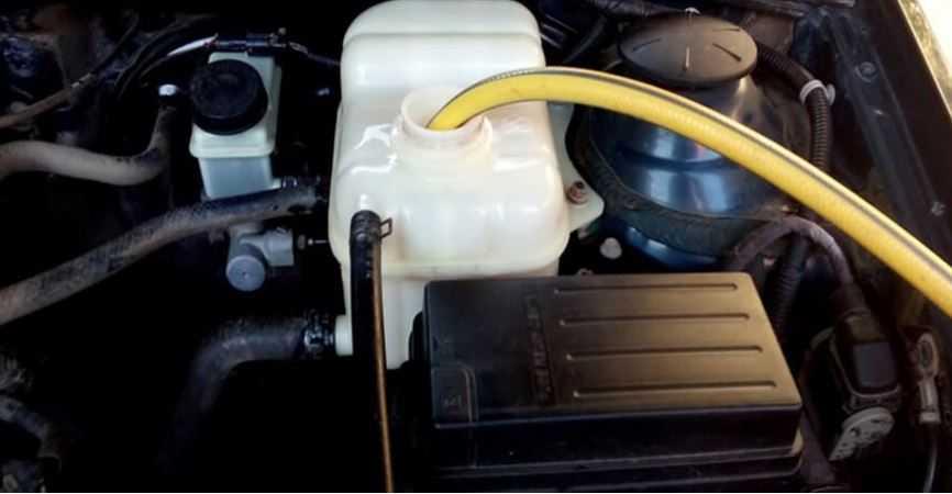 Самостоятельная замена охлаждающей жидкости (тосола или антифриза)