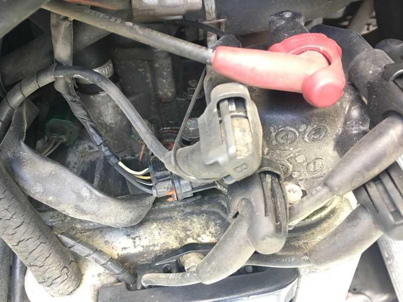 Провалы в оборотах двигателя. типичные неисправности инжекторных двигателей